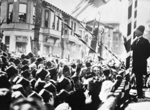Mustafa-Kemal-Attaturk2